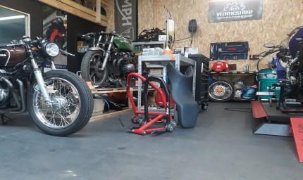Atelier mécanique en Dalles PVC GE50